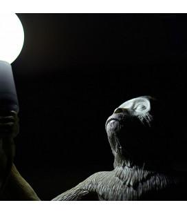 """Seletti 14880 standing MONKEY светильник настольный """"Обезьянка с лампочкой, в полный рост"""""""
