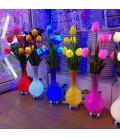 Настольный светодиодный светильник Ваза с тюльпанами